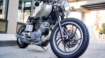 motorcycle-1149389_1280